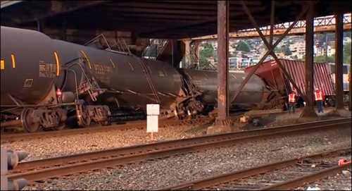 Photo of Oil Train Derailment in Magnolia Neighborhood of Seattle:  KOMO News